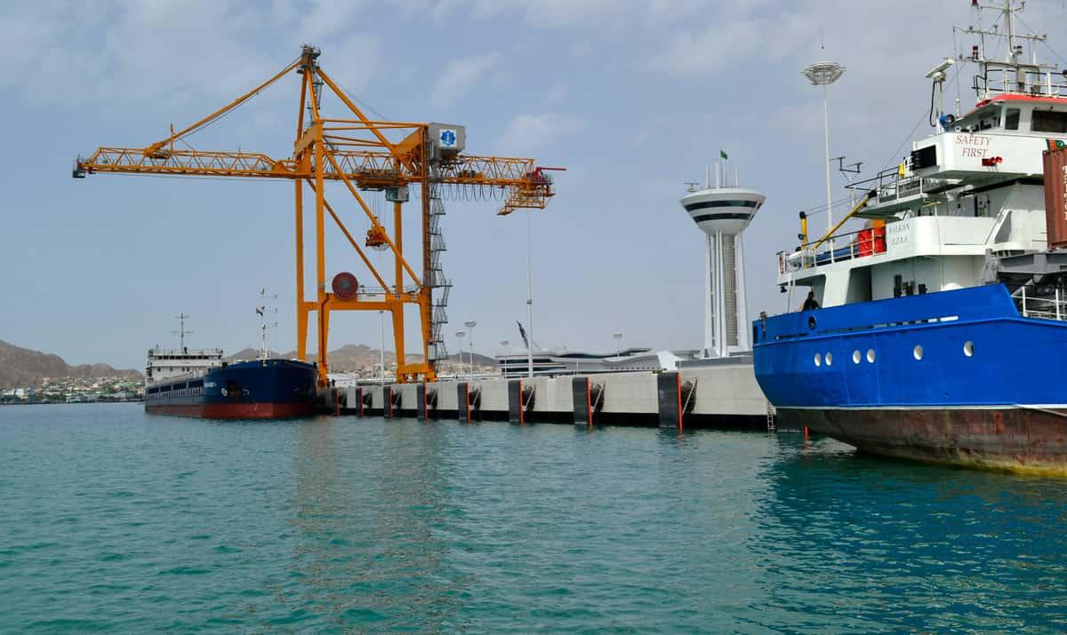 Turkmenistan_SPC-Fender_Container-Terminal_ShibataFenderTeam_1